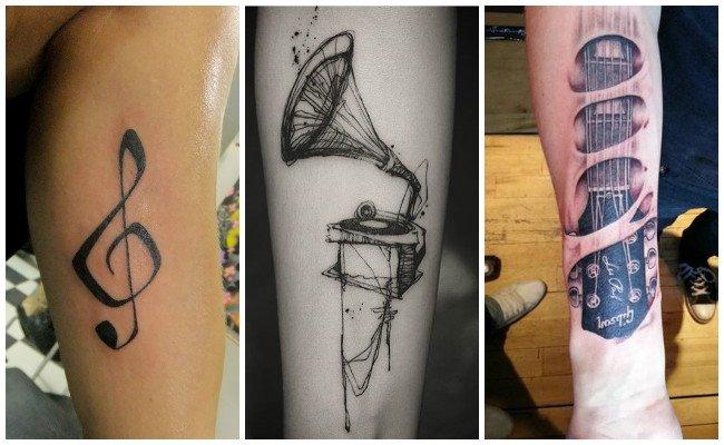 Tatuajes de notas musicales en los dedos